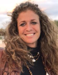 Dr Lauren Gerber of Spectrumly Speaking