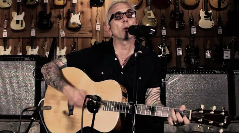 Everclear Frontman Art Alexakis Rocks On After MS Diagnosis (1) Squoosh