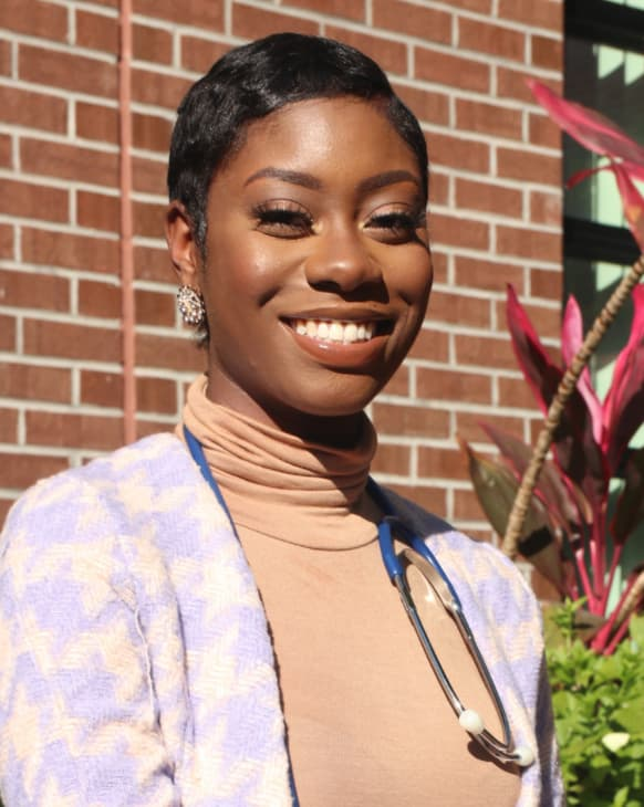 Headshot of Sarai Welch