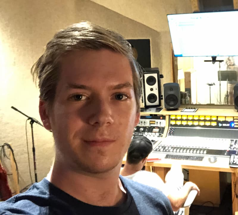 Headshot of Evan Boxer-Cook